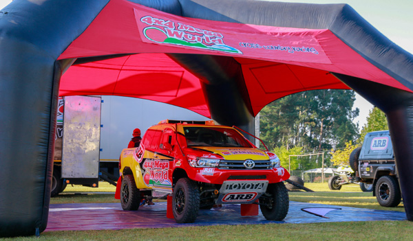 4×4 Mega World Cross Country